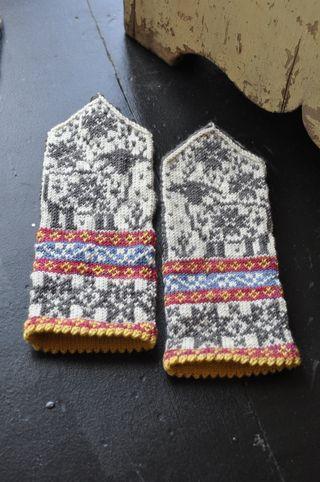 Clarabell mittens